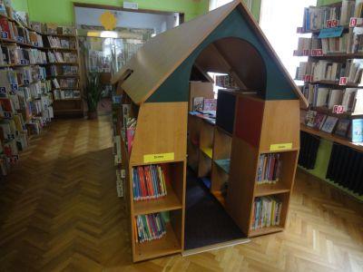 Městská knihovna hostila žáky  III.A a  IV.A