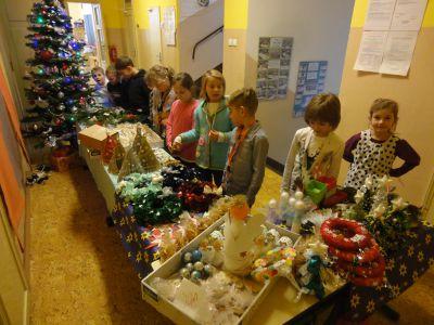 Vánoční trhy ve školní družině 2015