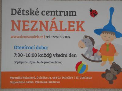 Dětské centrum NEZNÁLEK na návštěvě ve škole
