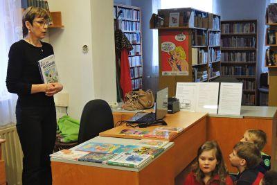 Třída II.A v knihovně
