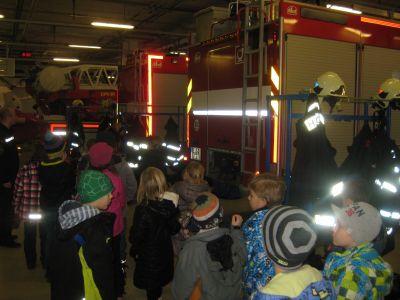 Návštěva u hasičů 2014
