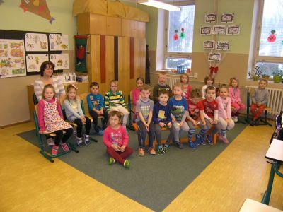 Děti z MŠ Kostička ve škole