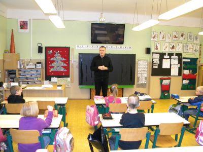 Místostarosta P. Vobořil ve škole.