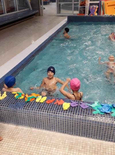 Plavu ve škole...