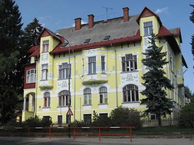 Budova Rychnovská 216